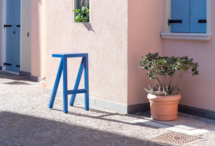 Magis_bureaurama_stool_ambient_SD2771_blue_09
