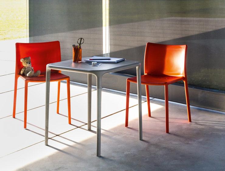 Magis_air_chair_ambient_multi_SD74_orange_outdoor_01