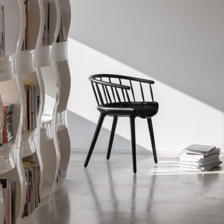 Magis_cyborg-stick_chair_ambient_SD1716_black_black_02